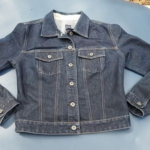 Gap denim jacket size medium